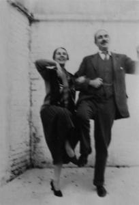 Keynes & Wife